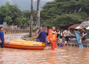 Banjir merendam wilayah Kota Cilegon, setelah kawasan itu diguyur hujan selama tiga jam. Foto/Dok.BNPB