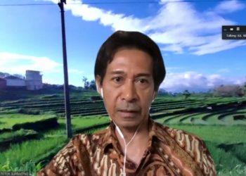 Kepala Badan Penelitian, Pengembangan dan Perbukuan Kementerian Pendidikan dan Kebudayaan (Kemendikbud), Totok Suprayitno dalam taklimat media di Jakarta, Senin (06/07/2020) – Foto: Antara/Indriani.